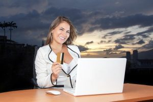 Read more about the article The Pros and Cons of an Online Business